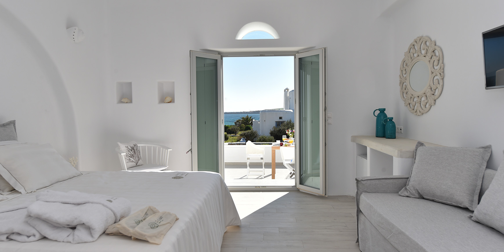 Paros Room with balcony