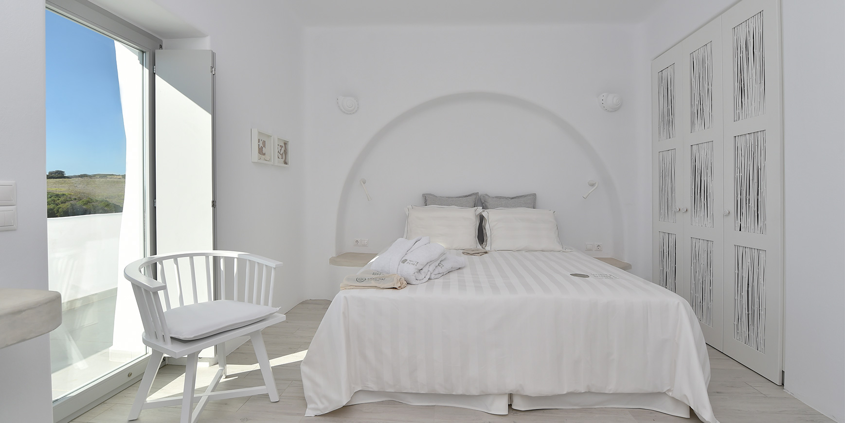 Luxury Accommodation Paros